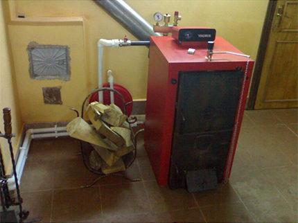 Chaudière à combustible solide