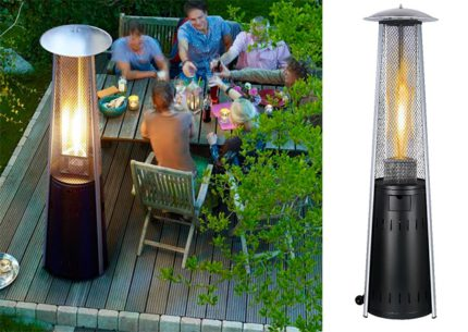 Pyramidal gas heater for outdoor use