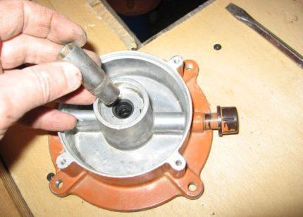Replacing oil seals for Agidel pump