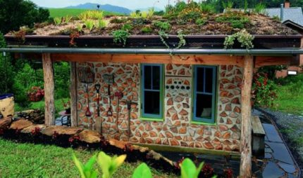 House by cordwood technology