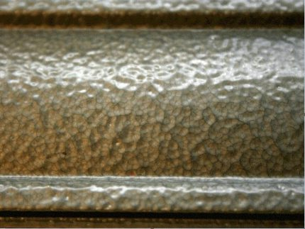 Pluses of hammer paints for painting cast-iron radiators