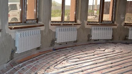 Mounting heating batteries in a large room