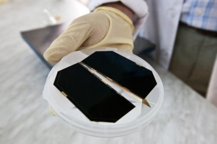 How silicon solar panels work