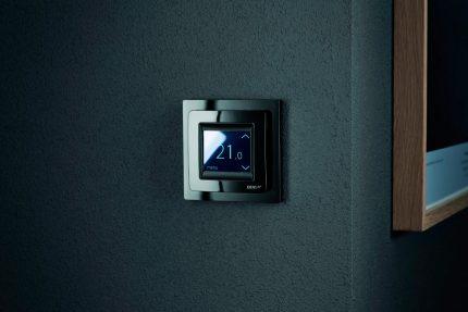 Thermostat programmable pour convecteur