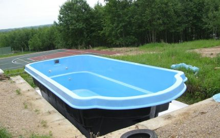 Ready bowl for the pool