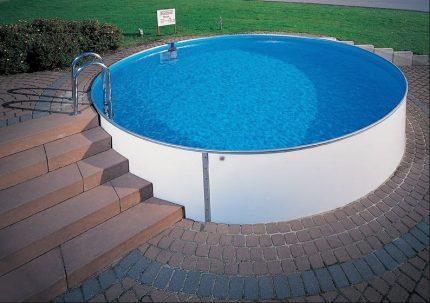 Steel sheet pool