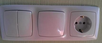 Exemple de connexion d'un interrupteur et d'une prise