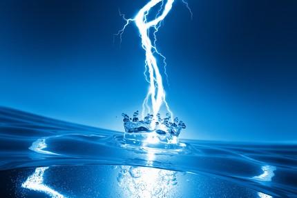 Conducting properties of water