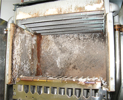 Heat exchanger leaking due to system boiling