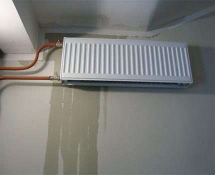 Leaking radiator under the ceiling