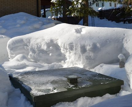 Working septic tank in the winter