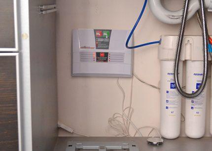 Leakage controller Aquastorozh