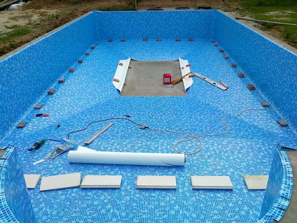 Materials for waterproofing pools