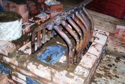 Heat exchanger for steam heating