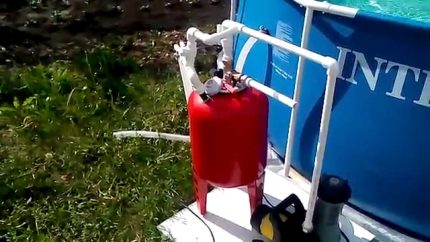 Sand filter from a closed expansion tank