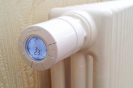 Radiatoru temperatūras regulators