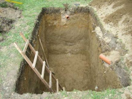 Excavation pit for septic tank