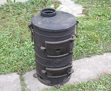 Potbelly stove from a barrel