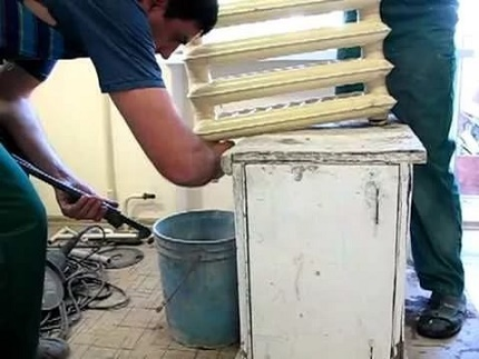 Kā mehāniski tīrīt un izskalot apkures sistēmu
