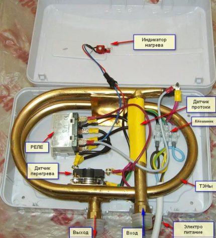 Internal device flow heater