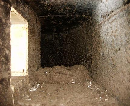 Gaine de ventilation contaminée d'un immeuble à appartements