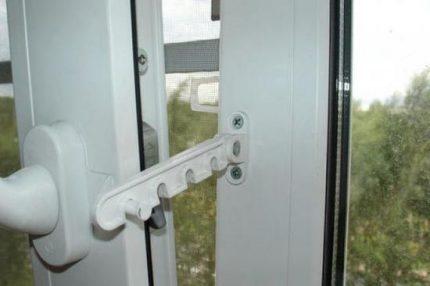 Accessories for window ventilation