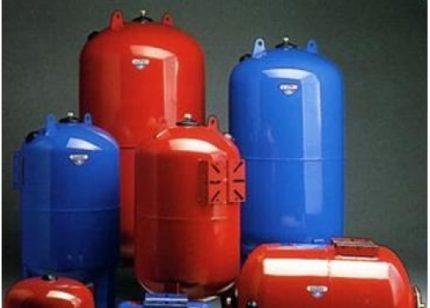 Hidrauliniai šalto ir karšto vandens akumuliatoriai