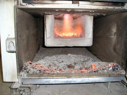 Nettoyage de la chaudière à pyrolyse