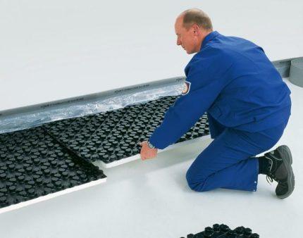 Laying mats
