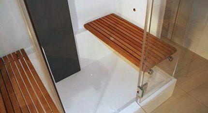 Duschrum med plats