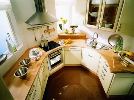 Calculation of hoods for the kitchen: how to calculate the power of the hood