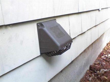 Ventilation dans le mur