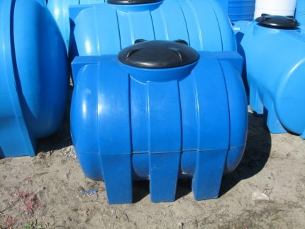 Sink pit from a plastic barrel