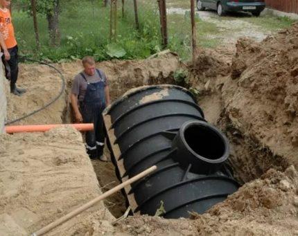 Cesspool of a large barrel
