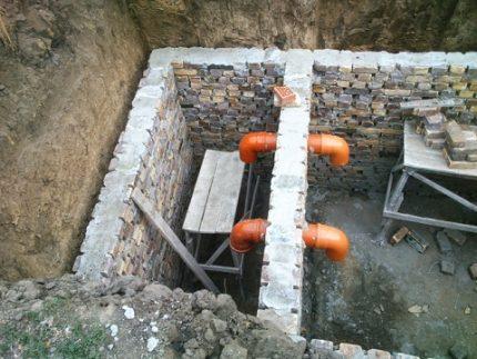 Atskira kanalizacijos duobė
