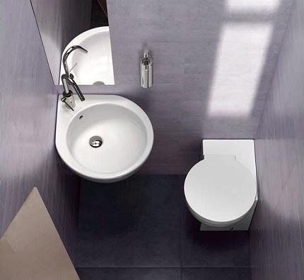 Floor Corner Toilet