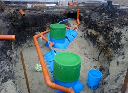 Two-chamber septic tank
