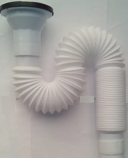 Corrugated siphon