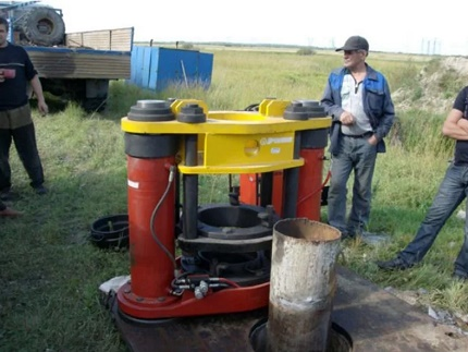 Pipe extraction equipment
