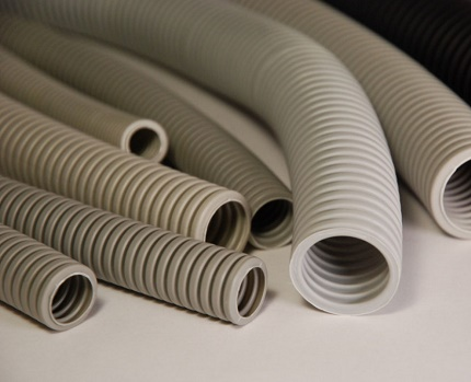 Light corrugated tubes