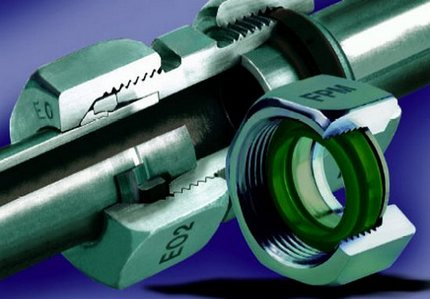 Fitting a crimp coupling