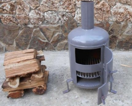 Potbelly stove for garage