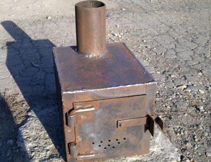 Square potbelly stove