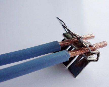 Bornes à fil poussé importées de WAGO