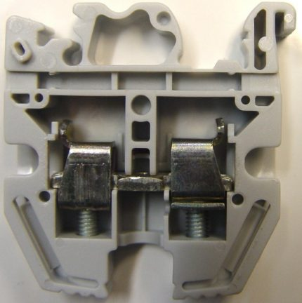 Terminal block imported power cage clamp