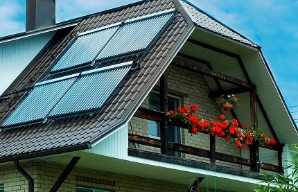 Roof solar collector