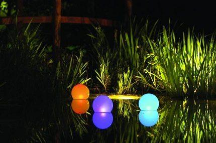 Pond lighting with solar lights