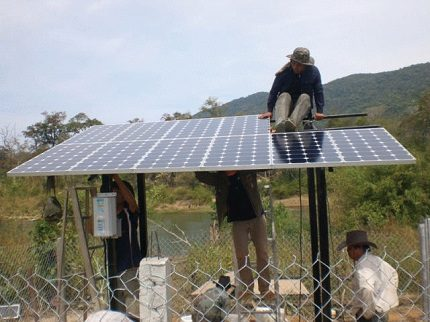 Assembly and installation of the solar panel