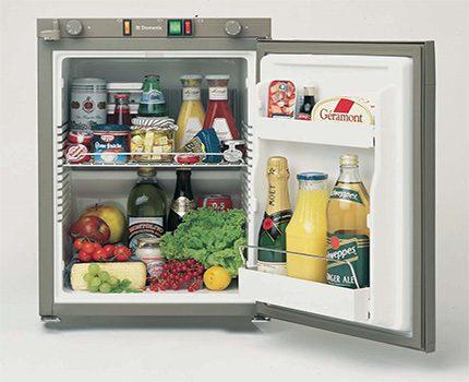 12 Volt refrigerator