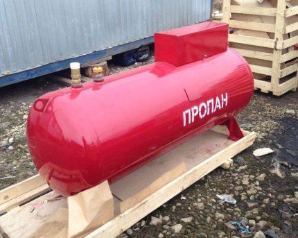 Réservoir d'essence aérien